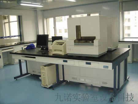 钢木箱体式电脑桌图片